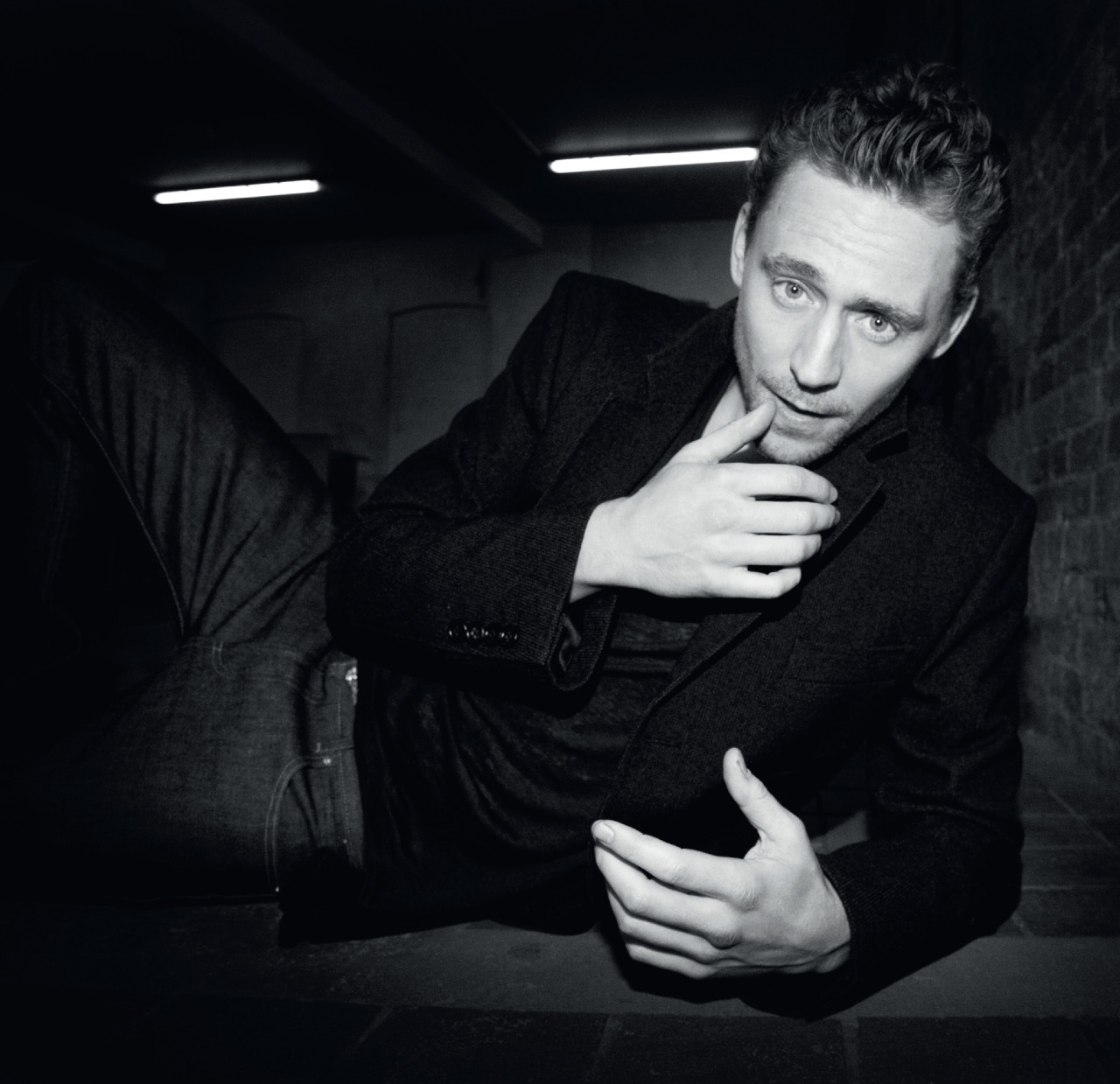 Tom Hiddleston Elle