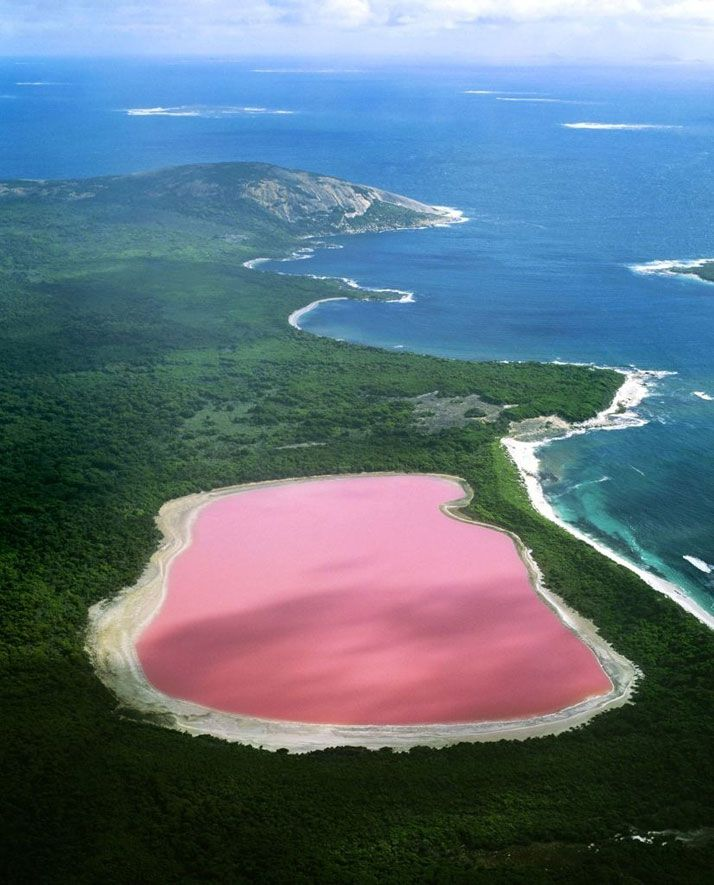 Beautiful Hillier Lake, Australia